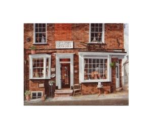 Alladin Antiques Bookshop, Buckingham - © Alan Percy Walker